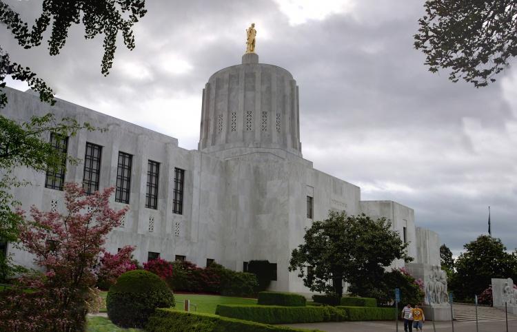 Keeping an Eye on the Oregon Legislature