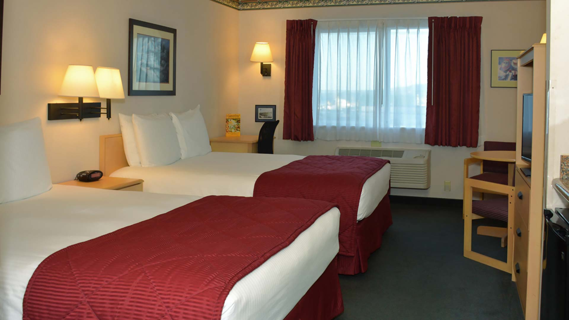 Garibaldi House Lodging Hotels Motels
